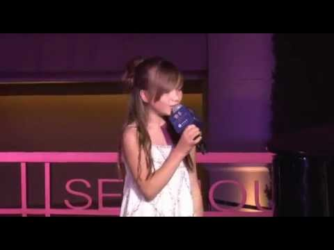 Connie Talbot - Over The Rainbow live in Hong Kong 2012