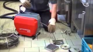 видео Механическая прочистка канализации (очистка, чистка)