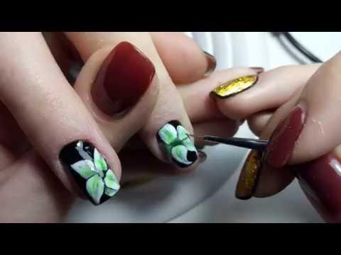 фото лилии на ногтях
