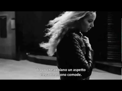 """Tod's No_Code: """"London Calling Campaign"""" - Phoebe Collings-James' interview - with Italian captions"""