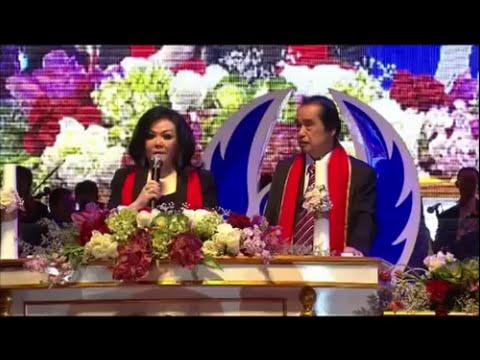 Christmas TIBERIAS song - SILENT NIGHT MALAM KUDUS - Pdt  Darniaty Pariadji
