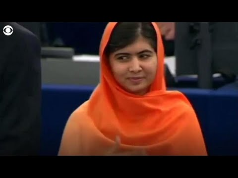 Malala Yousafzai announces on Twitter she will be attending Oxford