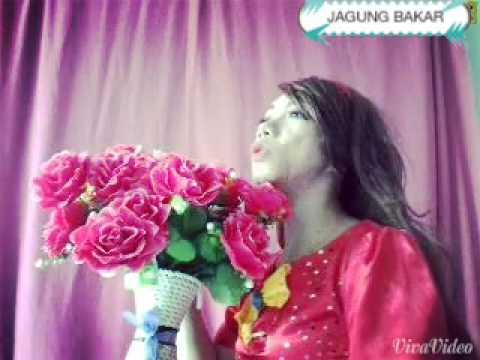 Lynda Moy Jagung Bakar