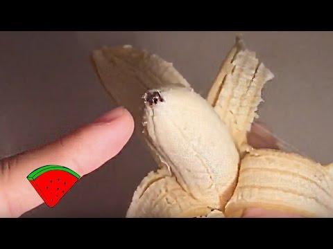 Как правильно чистить банан видео