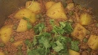 """""""  Qeema Matar Aaloo """" Bajias Cooking"""