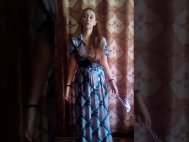 Изображение предпросмотра прочтения – АлесяТютрина читает произведение «Маруся отравилась» В.В.Маяковского