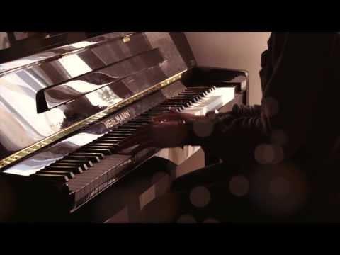 """Christmas Lights"" - Coldplay (CHRISTMAS Piano Cover) - Costantino Carrara"