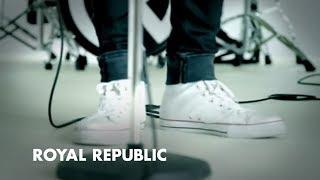 Смотреть клип Royal Republic - Addictive