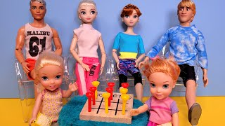 Stormy game night ! Elsa & Anna toddlers - family fun