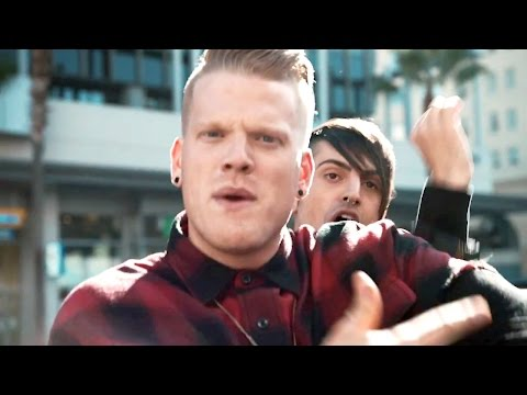 "Pentatonix shows you how to sing the 5 parts of ""Can't Sleep Love"""