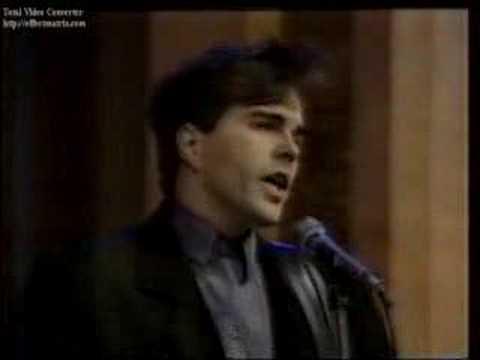 "Muzak ""Longe Demais"" no Raul Gil III 1986"
