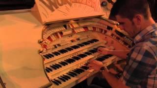 "Getting ""Dizzy Fingers"" on the Mighty Wurlitzer"