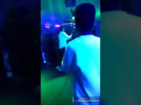 Junny - Performance au CODE BARRE (SHOWCASE DE BOP DE NARR)