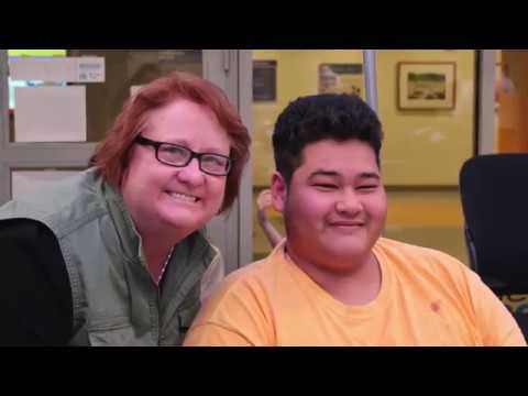 Maile Flanagan and Wayne Wilderson Visits Seacrest Studios at Boston Children's Hospital!