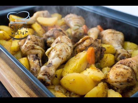 Mittagessen mit Hähnchen und Kartoffeln