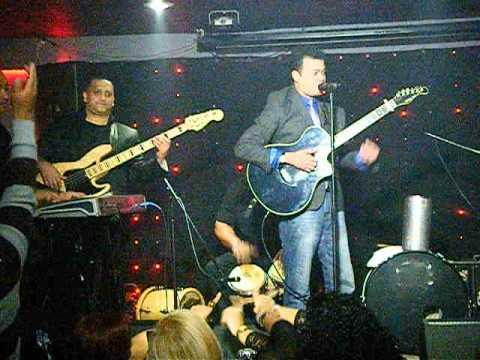 9 alex bueno en vivo salsa latina night club youtube for Alex bueno salsa jardin prohibido