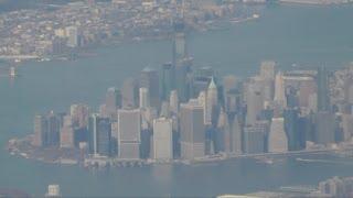 Нью-Йорк с высоты птичьего полёта(Рейс American Airlines из Нью-Йорка в Канкун (Мексика). После взлёта видно аэропорт, а потом и сам город. Группа в..., 2012-12-22T09:19:21.000Z)