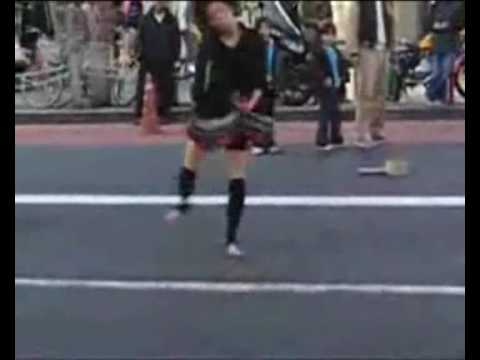 Crazy japanese girl dancing to speedcore thumbnail
