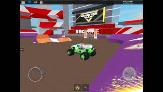 Monster jam Glendale AZ, GRAVE DIGGER, FREESTYLE (ROBLOX)