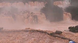 Масштабное наводнение в Бразили: 50 тысяч эвакуировано (новости)(http://ntdtv.ru/ Масштабное наводнение в Бразили: 50 тысяч эвакуировано. В Бразилии, принимающей Кубок мира по футбо..., 2014-07-01T09:29:37.000Z)