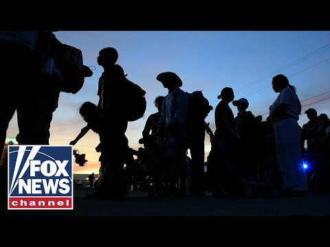 Second caravan crosses southern Mexico border