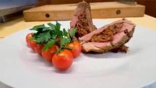 Restaurace KLUB - Plněná vepřová panenka ve slaninovém kabátku