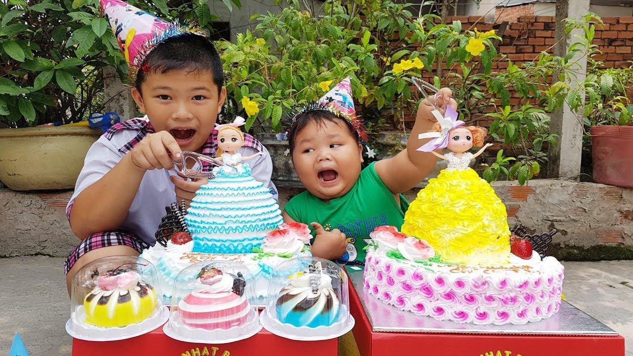 Trò Chơi Bé Pin Bán Bánh Kem ❤ ChiChi ToysReview TV ❤ Đồ Chơi Trẻ Em Baby Doli Bài Hát Vần Thơ