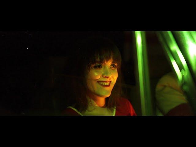 Alison Darwin - Ayer