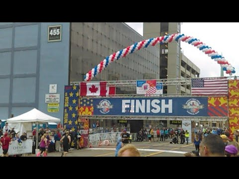 Detroit Free Press Marathon 2017