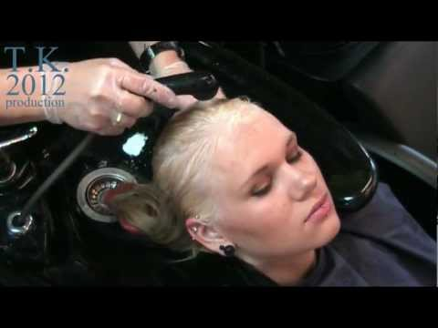 Champagne platinum blonde with layers! Look and learn, With hairdressers love 6 Theo Knoop.