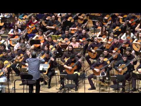 La Valse D'Amelie ( Yann Tiersen ) - 200 Guitars LIVE at Megaron Athens ( 7-3-15 )