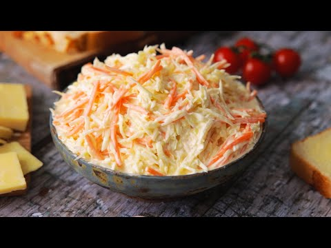 The Best Homemade Creamy Coleslaw, Ready in 5 minutes!