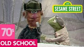 Sesame Street: Kermit News: Long Time in the Snow