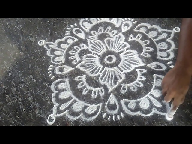 Rangoli Kolam || Flower Rangoli || Simple Flower Mehandi