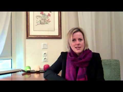 Weit weg und ganz nah YouTube Hörbuch Trailer auf Deutsch