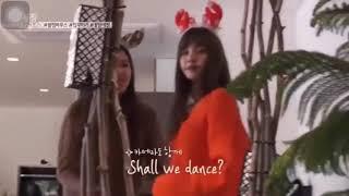 Lisa funny dances