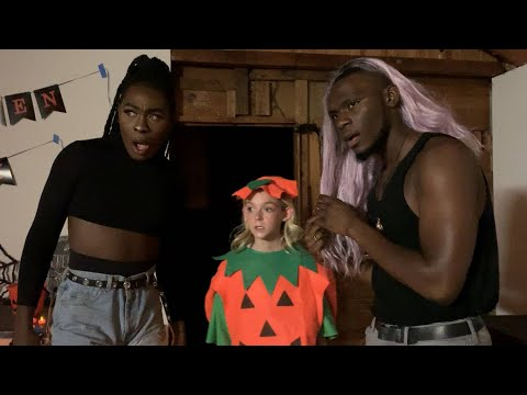Sisters: A Halloween Special