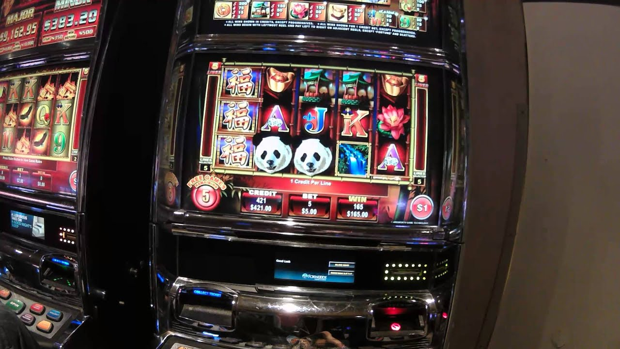 The King Panada Free Play Slot Machine
