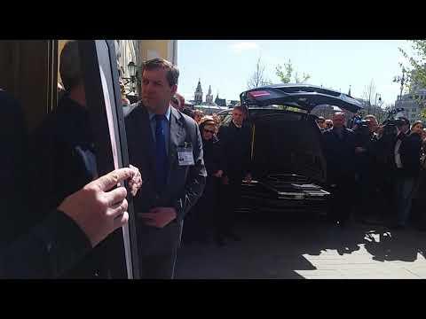 СЕНСАЦИЯ ДНЯ - В ПОСЛЕДНИЙ ПУТЬ БЫСТРИЦКОЙ 29 4 19...