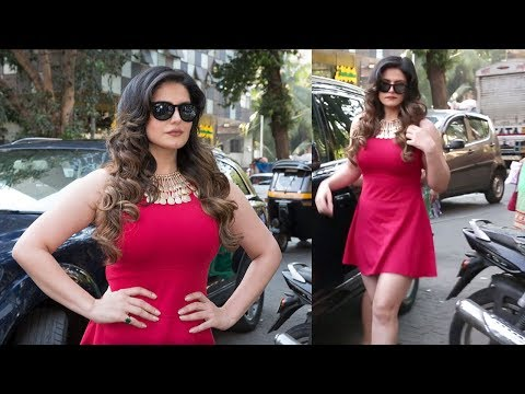 Zareen Khan HOT In Red Dress At Aksar 2 Trailer Launch