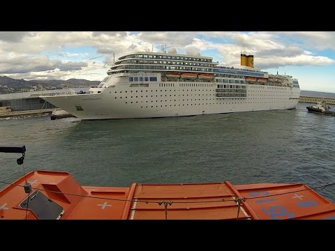 Timelapse Sailaway Port of Málaga | Mein Schiff 4 | 10.04.2016