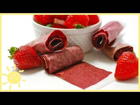 EAT | HOMEMADE FRUIT ROLL UPS