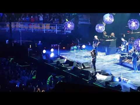 Pearl Jam - Come Back to Chris Movistar Arena 13032018