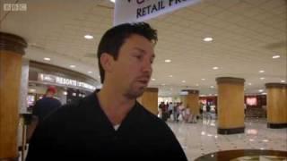 Money money money! Louis Theroux meets gamblers at the Hilton casino - Explore - BBC