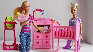 Barbie Baby Sitter calls on her Disney Princess phone Barbie Puppy Tuffy to help Barbie Doctor car