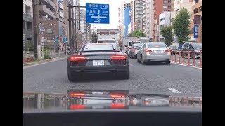 都内でアウディを運転していたら新型のアウディR8に遭遇しました!同じ...