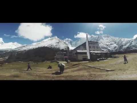 Nepal 2x6k trekking expedition 2014
