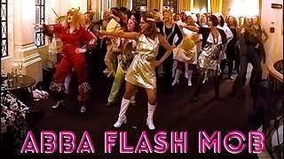 ABBA FLASH MOB ... MAMMA MIA 2