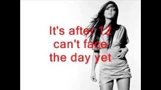 Holly Valance - Naughty girl (lyrics)