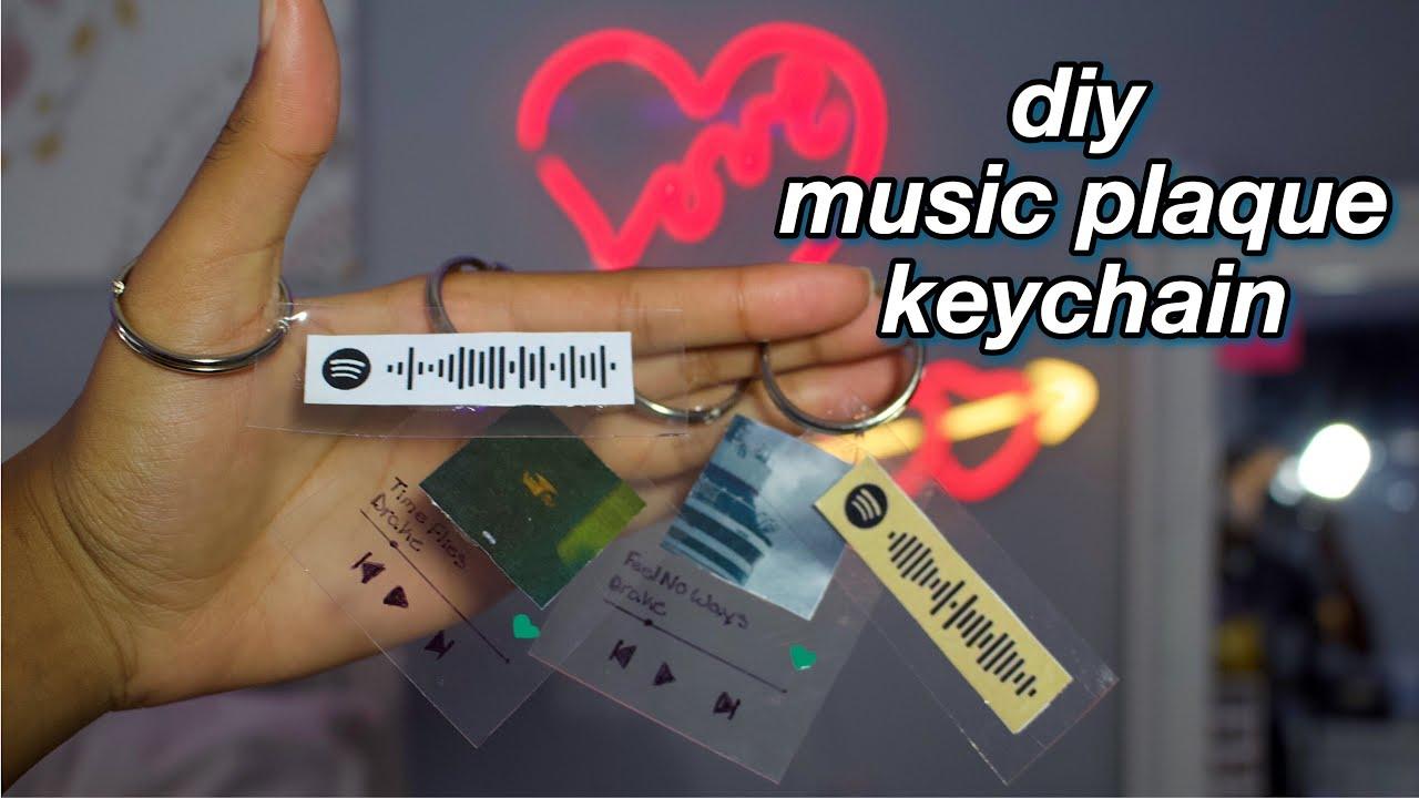 Spotify Illustration Keyring